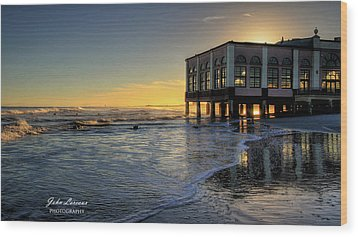 Oc Music Pier Sunset Wood Print by John Loreaux