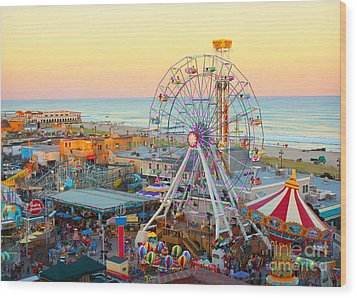 Ocean City New Jersey Boardwalk And Music Pier Wood Print