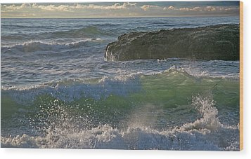 Wood Print featuring the photograph Crashing Waves by Elvira Butler