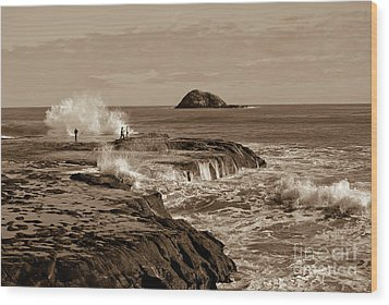 Wood Print featuring the photograph Ocean Splash by Yurix Sardinelly