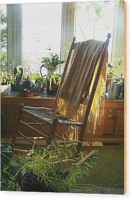 Wood Print featuring the photograph Off My Rocker - Photograph by Jackie Mueller-Jones