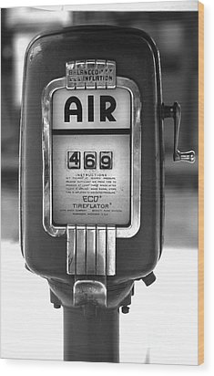Old Air Pump Wood Print by Arni Katz