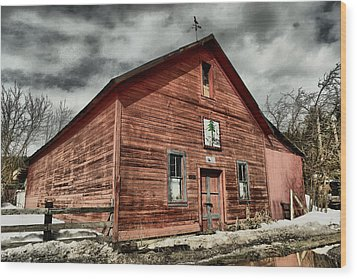 Wood Print featuring the photograph Old Barn In Roslyn Wa by Jeff Swan