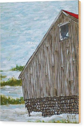 Old Barn In Winter Wood Print by Norman F Jackson