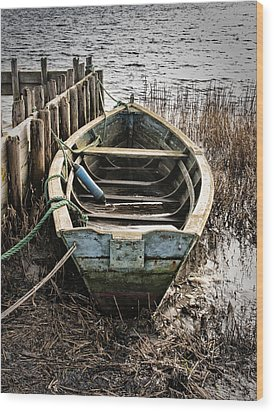 Old Boat Wood Print