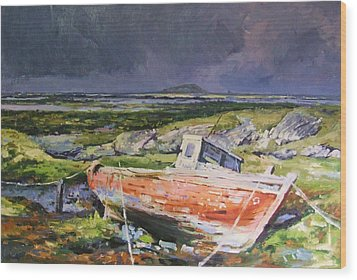 Old Boat On Shore Wood Print by Conor McGuire