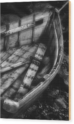 Old Boat Stonington Maine Black And White Wood Print