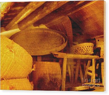 Old Chinese House Attic Wood Print by Kathy Daxon