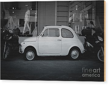 Old Fiat On The Streets Of Florence Wood Print by Edward Fielding
