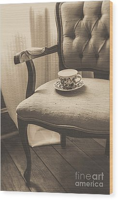 Old Friend China Tea Up On Chair Wood Print by Edward Fielding