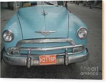 Old Havana Cab Wood Print by Quin Sweetman