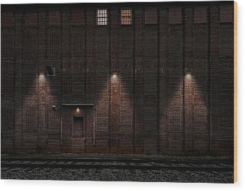 Wood Print featuring the photograph Old Ideal Cocoa And Chocolate Factory Building  -  Wilburbldgdaytonight172947 by Frank J Benz
