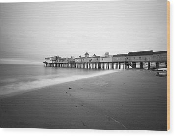 Old Orchard Beach Pier Wood Print by Eric Gendron
