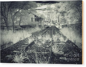 Old Railway Station  Wood Print by Gwenda  Harvey