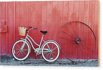 Old Red Barn And Bicycle Wood Print