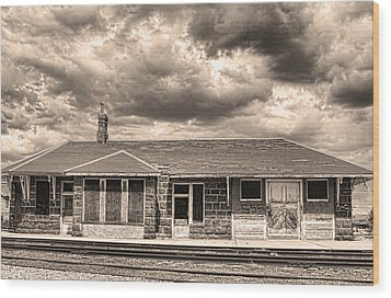 Old Rio Grande Train Stop Wood Print by James BO  Insogna