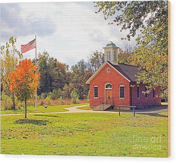 Old Schoolhouse-wildwood Park Wood Print