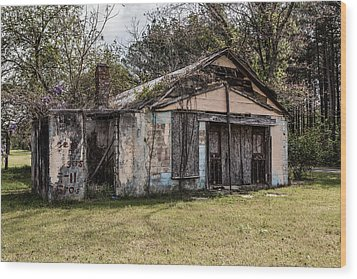 Wood Print featuring the photograph Old Shack by Kim Hojnacki