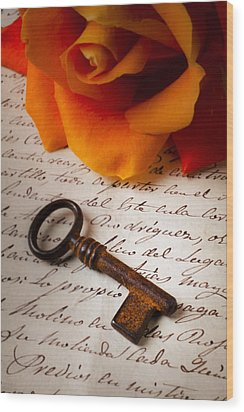 Old Skeleton Key On Letter Wood Print by Garry Gay