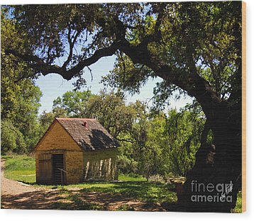 Old Smokehouse Wood Print