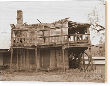 Old Stagecoach Stop Wood Print by Marie Neder
