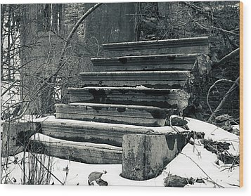 Old Stairs To Nowhere Wood Print by Jeff Severson