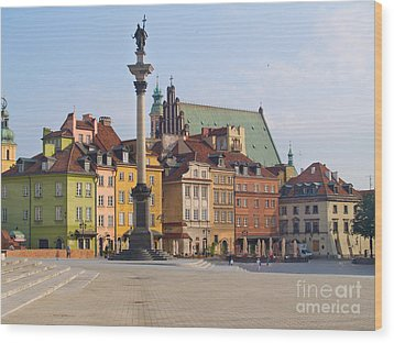 Old Town Square Zamkowy Plac In Warsaw Wood Print