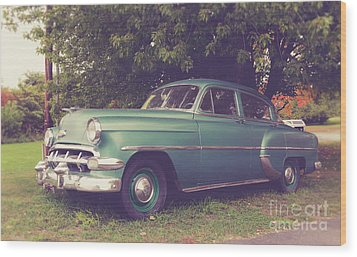 Old Vintage American Car Wood Print by Edward Fielding
