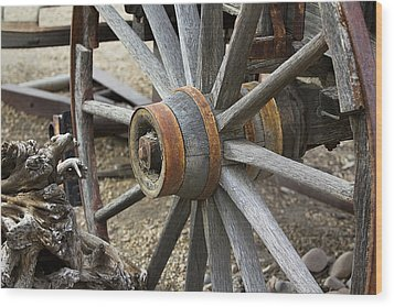 Wood Print featuring the photograph Old Waagon Wheel by Phyllis Denton