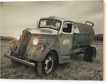 Old Water Truck Wood Print