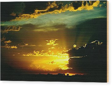 Old World Sunset Wood Print by Shirley Sirois
