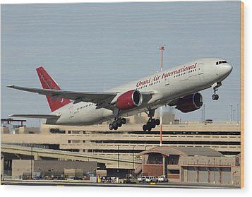 Omni Air International Boeing 777-222 N927ax Phoenix Sky Harbor January 3 2015 Wood Print by Brian Lockett