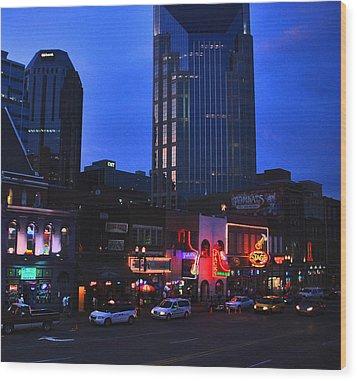 On Broadway In Nashville Wood Print by Susanne Van Hulst