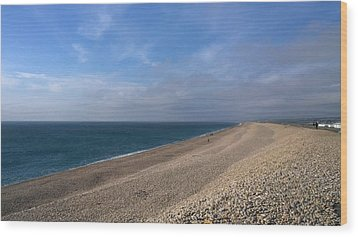 On Chesil Beach Wood Print by Anne Kotan