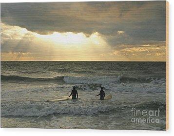 One Last Wave Wood Print by Matt Tilghman