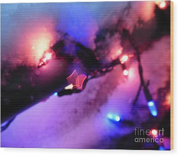 Open Heart Magical Lights Wood Print