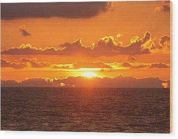 Orange Skies At Dawn Wood Print