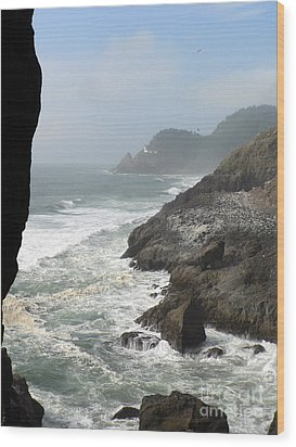 Wood Print featuring the photograph Oregon Coast by Larry Keahey