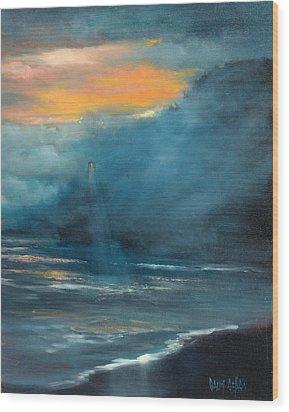Oregon Lighthouse Wood Print by Sally Seago