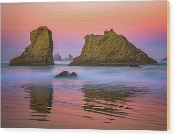 Wood Print featuring the photograph Oregon's New Day by Darren White
