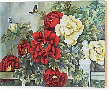 Wood Print featuring the photograph Oriental Flowers by Munir Alawi