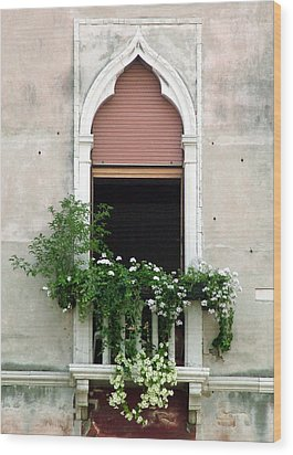 Ornate Window With Red Shutters Wood Print by Donna Corless