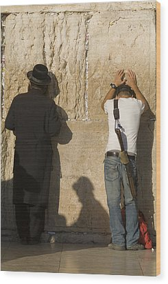 Orthodox Jew And Soldier Pray, Western Wood Print by Richard Nowitz