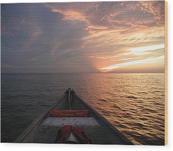 Wood Print featuring the photograph Out To Sea by Nancy Taylor