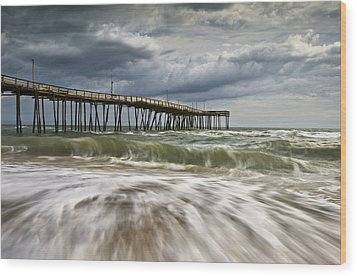 Outer Banks Nc Avon Pier Cape Hatteras - Fortitude Wood Print by Dave Allen