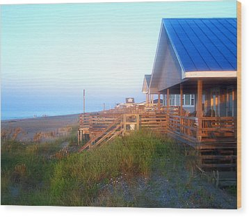 Wood Print featuring the photograph Outerbanks Sunrise At The Beach by Sandi OReilly