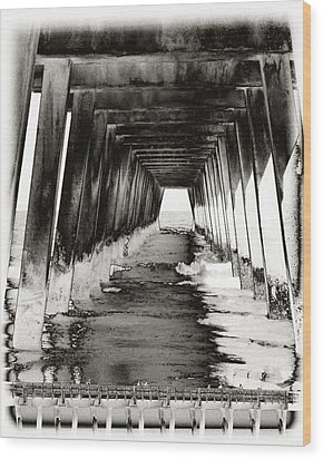 Over Under-tybee Island Wood Print by Ann Tracy