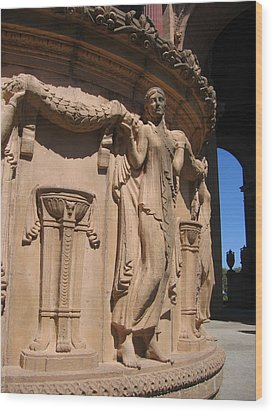Palace Of Fine Arts Maiden In San Francisco Wood Print