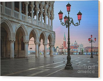 Palazzo Ducale Wood Print by Inge Johnsson
