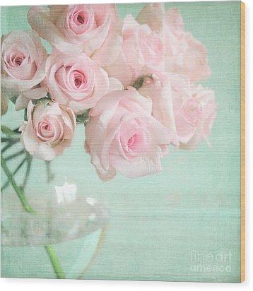 Pale Pink Roses Wood Print